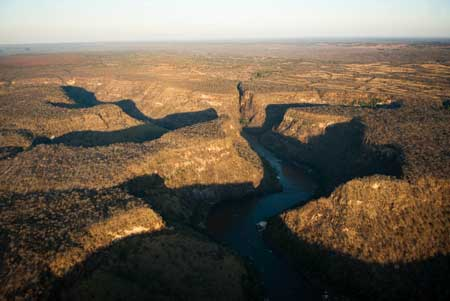 Batoka Gorge on the Zambezi River will be the site of a 1,600 MW hydro project jointly owned by Zimbabwe and Zambia.