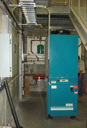 A Berg Chiller was tested at the 5-MW Almonte Generating Station as one alternative to provide turbine and generator cooling.