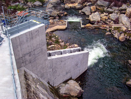 The new spillway installed at the Stanislaus project safely returns fish downstream to the Sand Bar Dam toe.
